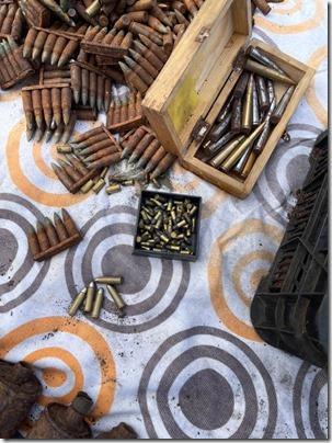 Полиция изъяла арсенал боеприпасов времен ВОВ (5)